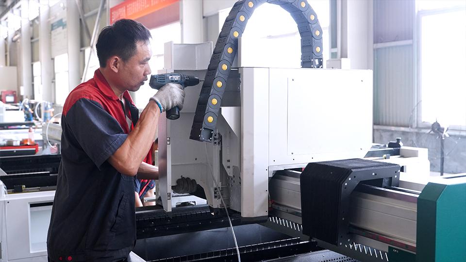 máy cắt,máy laser,giá máy cắt laser,máy cắt cnc,máy cắt laser,Máy cắt laser,cắt inox,cắt cnc sắt,cắt cnc inox,cắt nhôm,máy cắt nhôm,máy cắt laser fiber,cắt laser kim loại,cắt laser inox,máy cắt ống,bán máy cắt