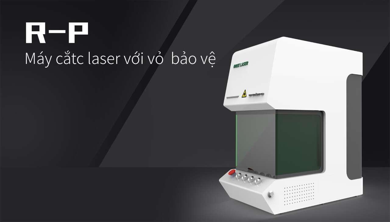Máy cắtc laser với vỏ  bảo vệ R-P