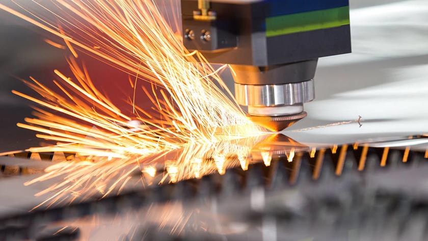 Tôi nên sử dụng khí bảo vệ nào để hàn laser? Thổi bên hay thổi đồng trục?