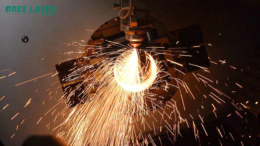 Máy cắt laser dành cho  kim loại